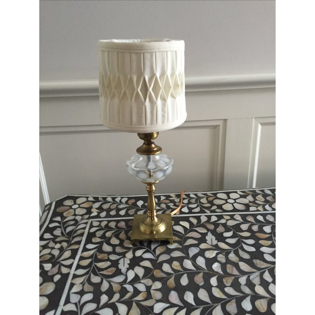 White Coin Spot Art Glass Table Lamp - Image 2 of 4