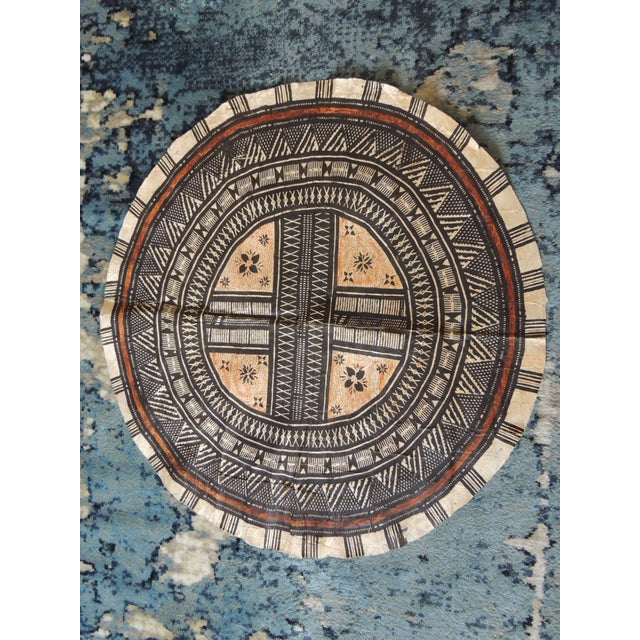 Vintage Large African Tribal Round Decorative Painted Paper Art For Sale In Miami - Image 6 of 6