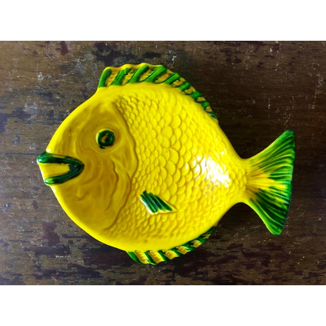 Italian Vintage Yellow Green Italian Pottery Fish Dish For Sale - Image 3 of 3