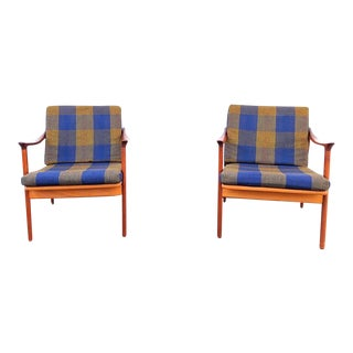 Pair of Mid-Century Modern Easy Chairs in Teak and Wool For Sale