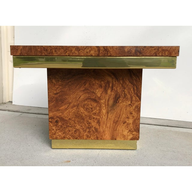 Harvey Probber Faux Burl and Brass Accent Table For Sale - Image 4 of 10