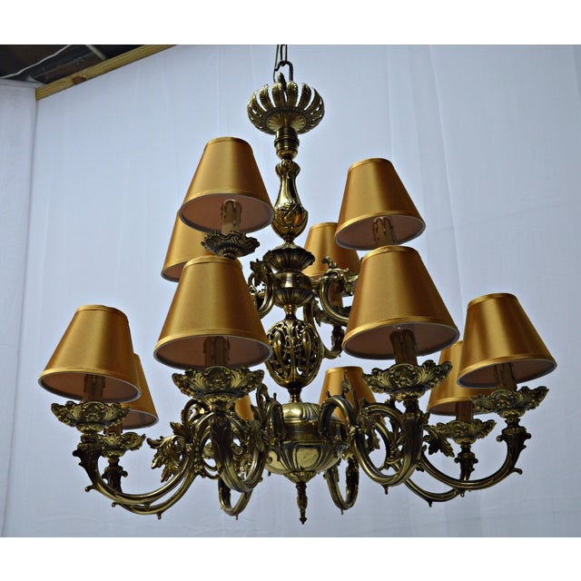 12 Arm Dutch Brass Chandelier - Image 8 of 9
