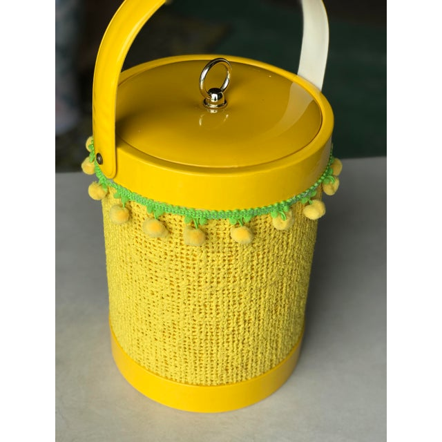 Vintage Mid-Century Modern Yellow Fringed Ice Bucket For Sale - Image 9 of 10