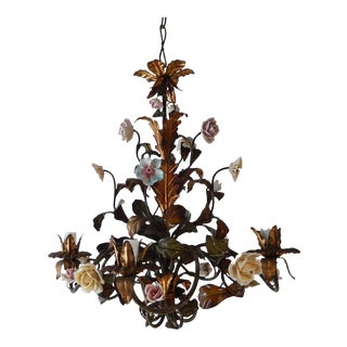 Italian Tole Polychrome Porcelain Roses and Flowers Chandelier, 1870 For Sale