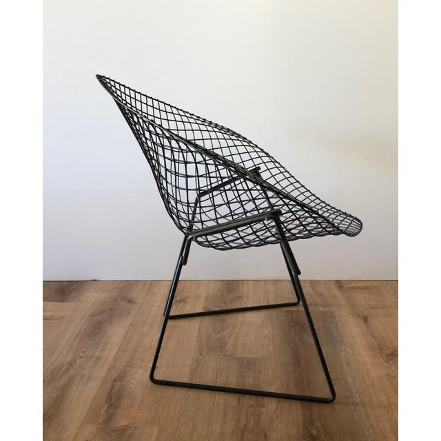 "Harry Bertoia Mid-Century Harry Bertroia-Designed ""Diamond Chair"" for Knoll For Sale - Image 4 of 10"