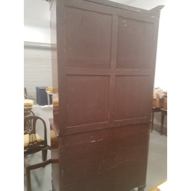 English Antique English Bookcase Cupboard - Mahogany With Marquetry For Sale - Image 3 of 13