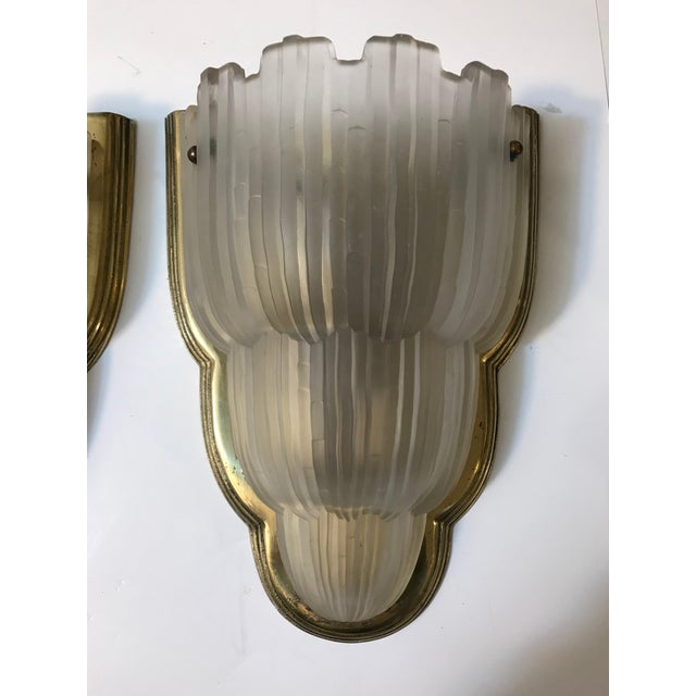 "Brass French Art Deco ""Waterfall"" Sconces Signed by Sabino - Set of 4 For Sale - Image 7 of 13"