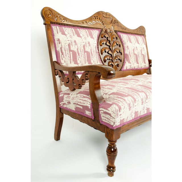 Copper Mid-19th Century Hand Carved Mahogany Victorian Style Settee For Sale - Image 8 of 13