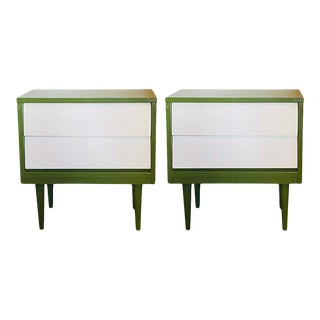 Mid Century Modern Two Tone Nightstands - a Pair For Sale