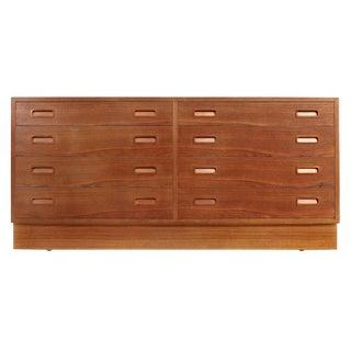 Paul Hundavad 8-Drawer Danish Modern Teak Dresser For Sale