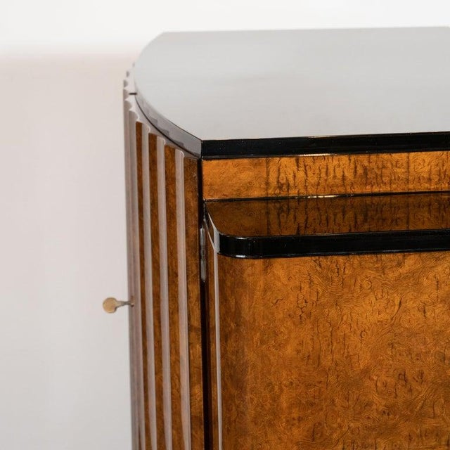 Brown English Art Deco Streamlined Black Lacquer and Burled Carpathian Elm Cabinet For Sale - Image 8 of 10