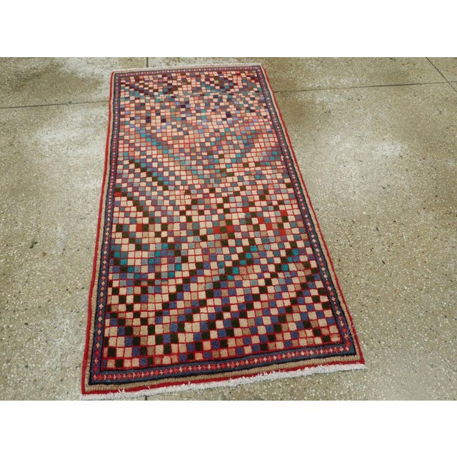 """Vintage Persian Mahal Rug – Size: 2' 5"""" X 4'10"""" For Sale - Image 4 of 11"""