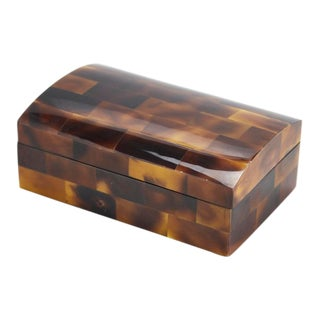 1990s Vintage Postmodern Tessellated Young Pen Shell Hinged Box For Sale