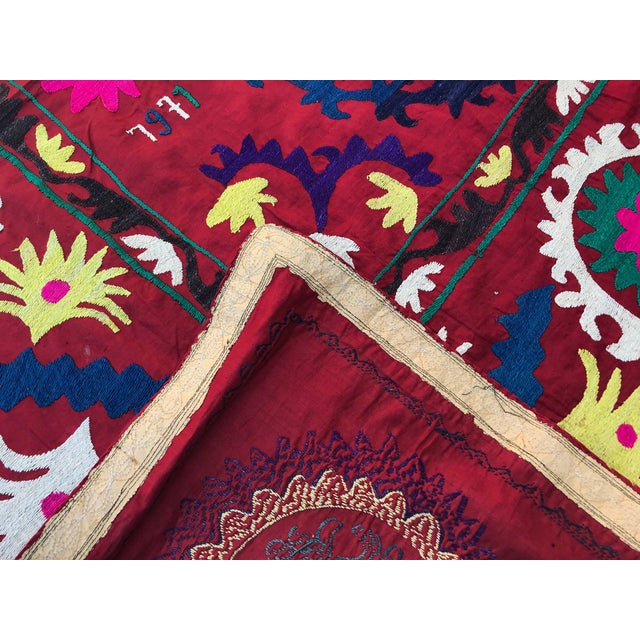 "1971 Handmade Suzani Bedspread Throw - 6' x 4'8"" For Sale - Image 4 of 7"