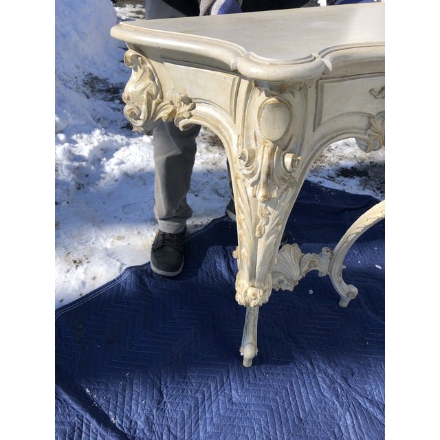 Louis XV Style Relief Carved Antiqued Ivory Painted Parcel-Gilt Console Table For Sale In Philadelphia - Image 6 of 12