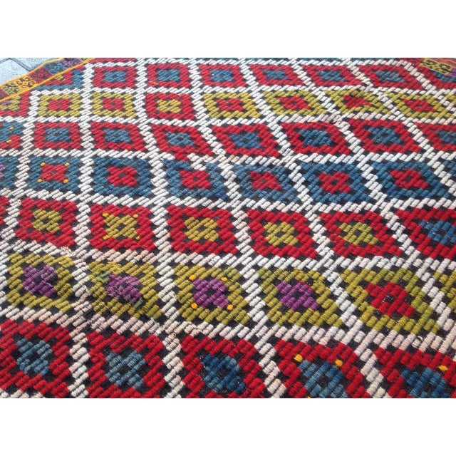 Vintage Turkish Kilim Rug - 4′6″ × 6′5″ For Sale - Image 5 of 6