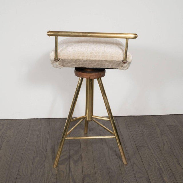 1960s Mid-Century Modern Swivelling Brass Stool with Gauffraged Crocodile Velvet For Sale - Image 5 of 10