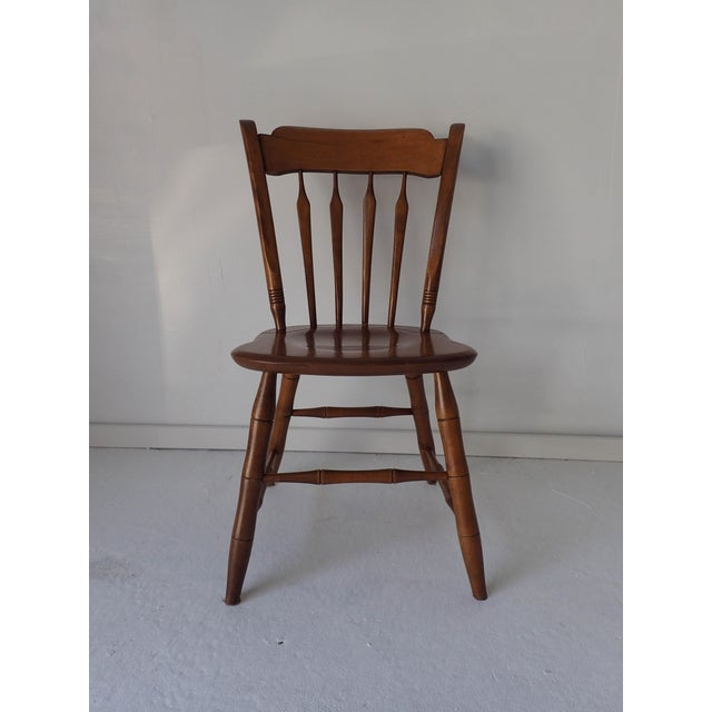Ethan Allen Thumb-back Country Dining Chair Hardwood Excellent; 33 x 19 x 18; seat height, 17.5. Nutmeg.