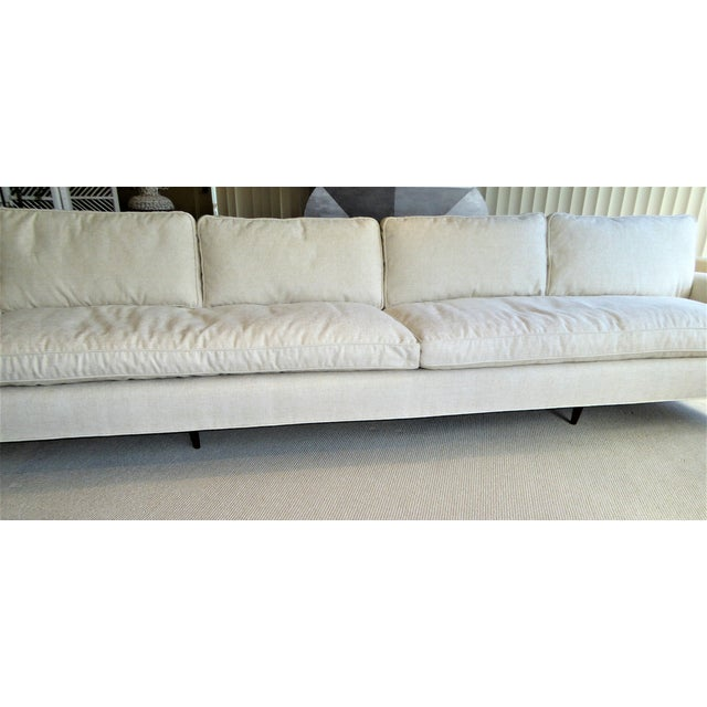 White Gio Ponti Bespoke Mid-Century Sofa by Singer & Sons, 1957 For Sale - Image 8 of 12