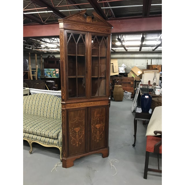 20th Century American Classical Inlaid Corner Cupboard For Sale In New York - Image 6 of 6