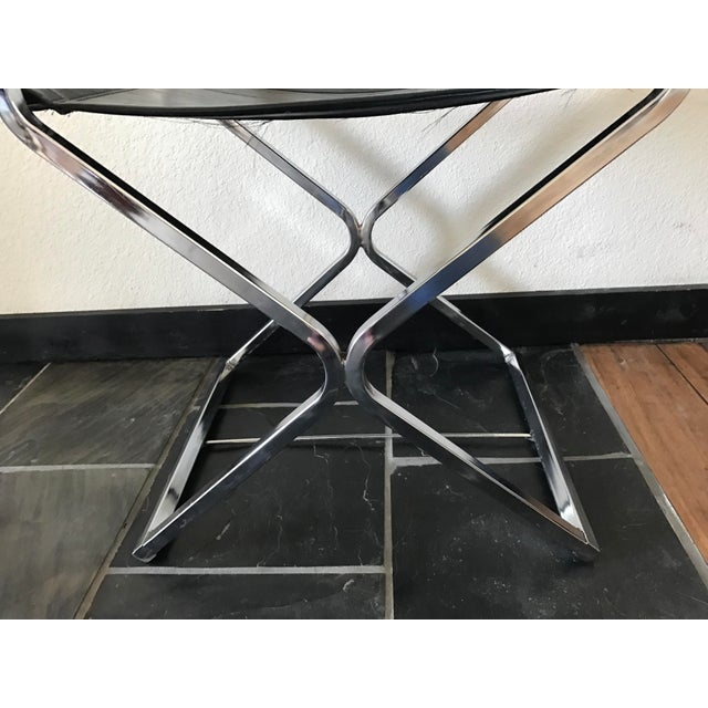 Vintage Mid-Century Modern Black Vinyl & Chrome Director Chair - Image 8 of 8
