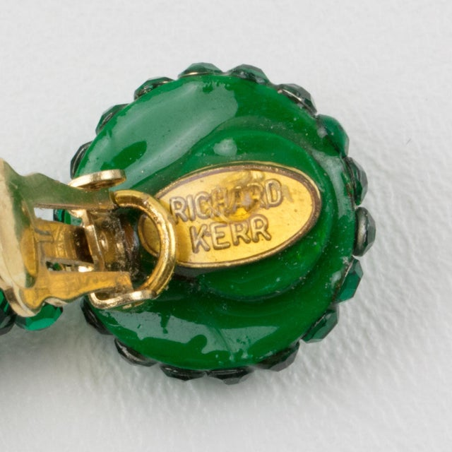 1980s Richard Kerr Dangle Clip on Earrings Emerald Green Crystal Rhinestones Paved For Sale - Image 5 of 7