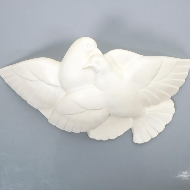 Pair of Art Deco White Plaster Dove Sconces Wall Lamps, France Circa 1935 For Sale - Image 6 of 10
