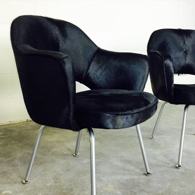 1950s Forsyth One of a Kind Eero Saarinen for Knoll Armchairs in Natural Black Cowhide - Pair For Sale - Image 5 of 6
