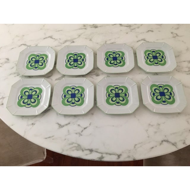 White Vintage 1970s Blue and Green Retro Plates - Set of 8 For Sale - Image 8 of 8