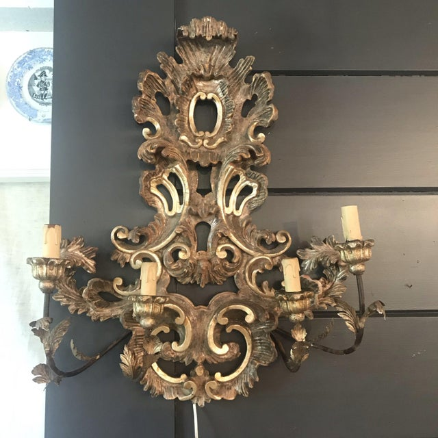 Wood Large French Rococo Style Gold Giltwood Sconce '1 of 2' For Sale - Image 7 of 7