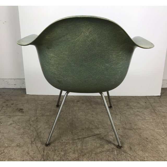 1950s Classic Modernist Charles and Ray Eames Arm Shell Lounge Chair Zenith For Sale - Image 5 of 9