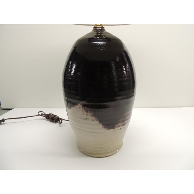 Vintage Art Pottery Lamp with Shade - Image 3 of 7