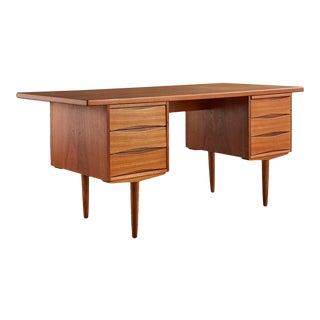 Mid Century Teak Danish Desk in the Style of Arne Vodder For Sale