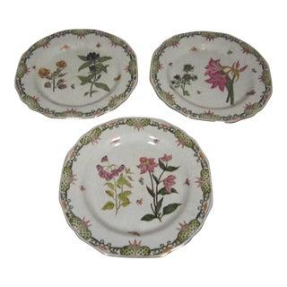 Floral Motif Decorative Plates - Set of 3 For Sale
