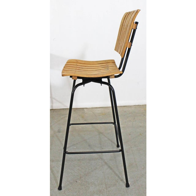 Mid 20th Century Set of 3 Mid-Century Danish Modern Arthur Umanoff Style Swivel Slat Bar Stools For Sale - Image 5 of 11