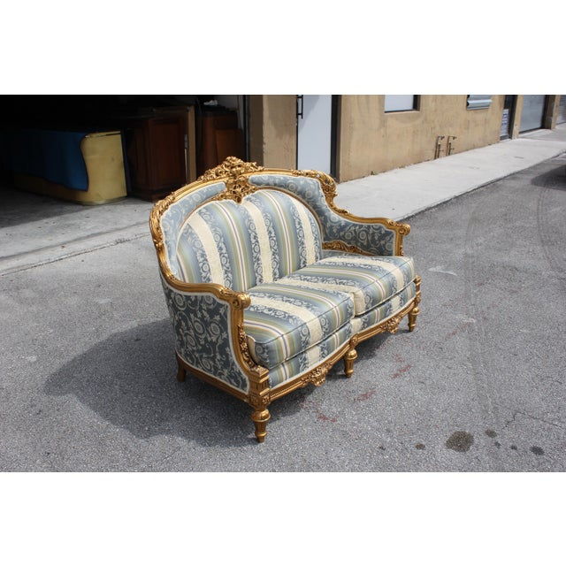 French 1940s Vintage French Louis XVI Style Giltwood Loveseat For Sale - Image 3 of 13