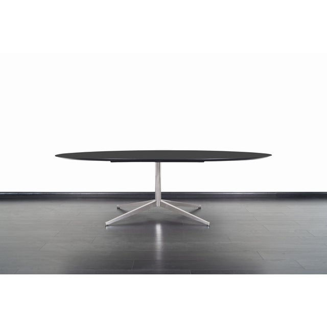 1960s Vintage Executive Desk or Dining Table by Florence Knoll For Sale - Image 5 of 12