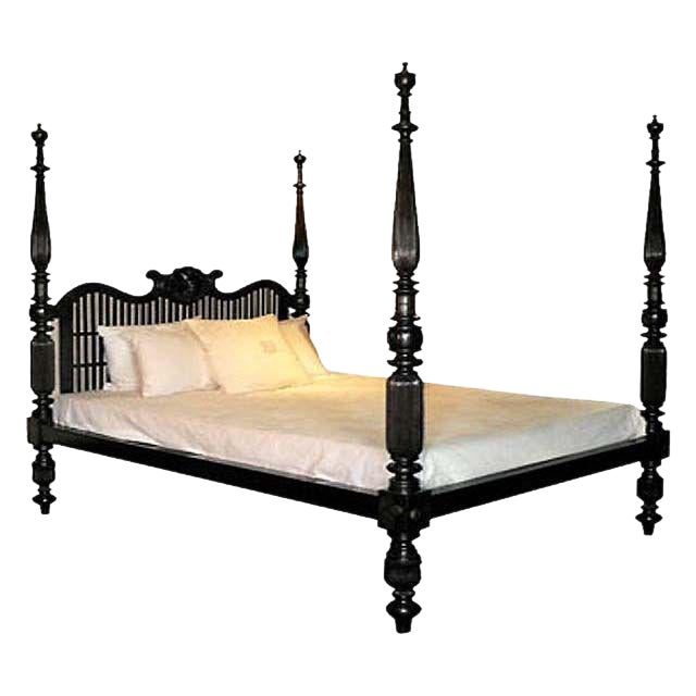 20th C. British Colonial Solid Ebony Shell Bed For Sale