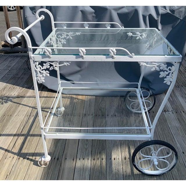 Woodard Orleans White Tea or Bar Car For Sale - Image 10 of 10