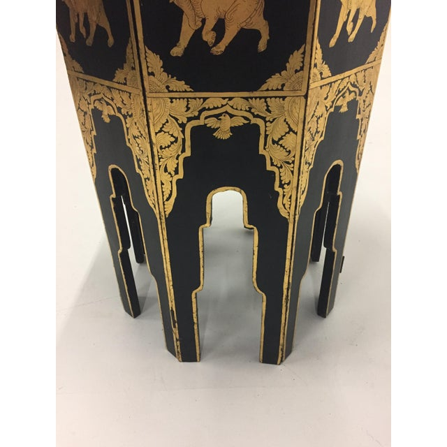 Asian Anglo-Indian Burmese Black and Gold Octagonal End Table For Sale - Image 3 of 11