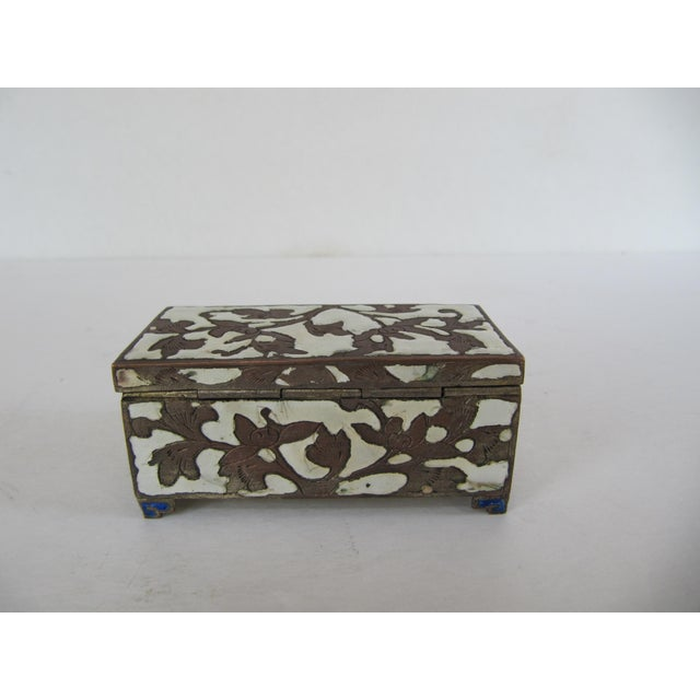 Late 20th Century Antique Cloisonnée Two Sided Stamp Box For Sale - Image 5 of 8