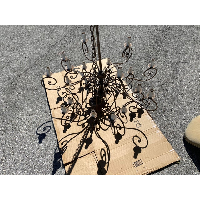 French 1950s French 20-Arm Chandelier For Sale - Image 3 of 7