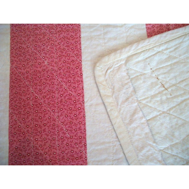19th Century Machine Stitched Pink and Cream Calico Bar Crib Quilt - Image 3 of 3