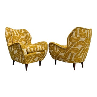 Pair of Gio Ponti Mid-Century Modern Italian Armchairs for Isa Bergamo For Sale