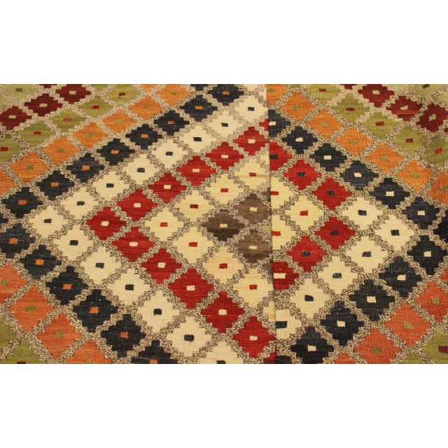 Textile Abstract Tribal Rolanda Gray/Black Hand-Woven Kilim Wool Rug -5'3 X 6'7 For Sale - Image 7 of 8