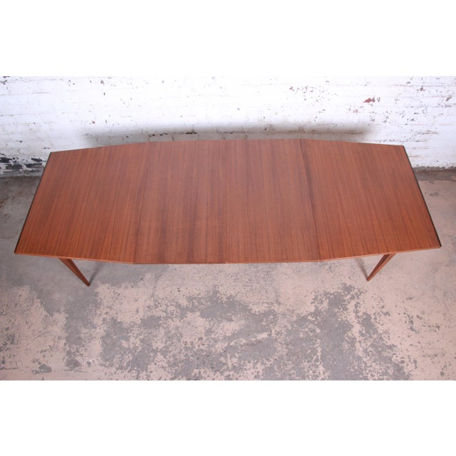 1950s Kipp Stewart for Calvin Mid-Century Modern Walnut and Rosewood Dining Set, Newly Restored For Sale - Image 5 of 13