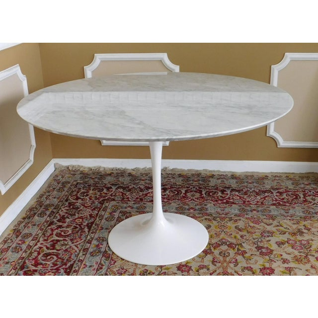 Room Board Eero Saarinen Collection Carrara Marble Top Tulip - Room and board saarinen table