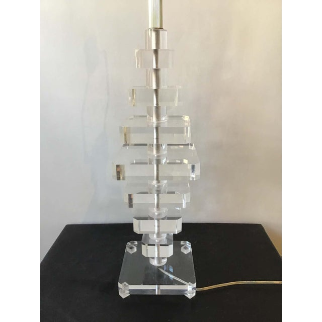 1980s Stacked Lucite Lamp For Sale - Image 4 of 8