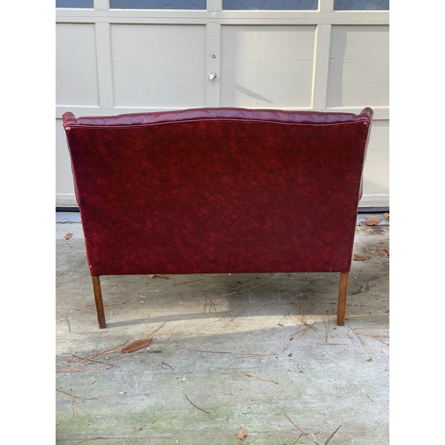1970s Vintage Burgundy Leather Settee For Sale - Image 4 of 7
