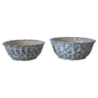 Pair of Large 19th Century Spongeware Pottery Serving Bowls For Sale